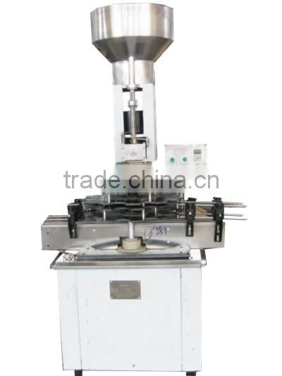 Automatic alcohol/wine bottle corker/ bottle cork capping machine