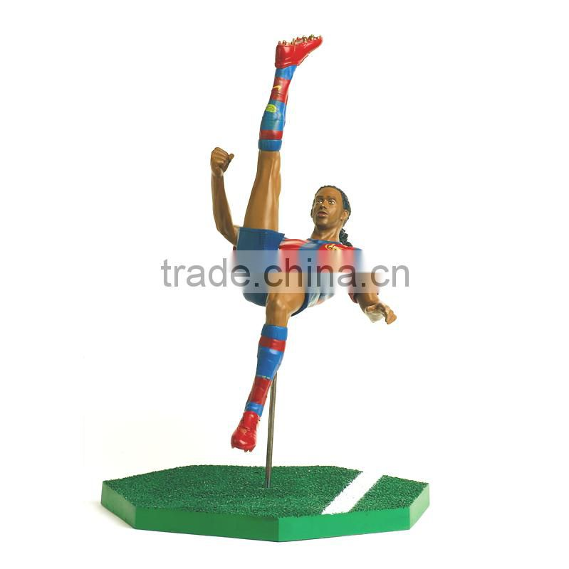resin sports figure for decoration, hot sale resin soccer player toy, high quality resin footballer figure