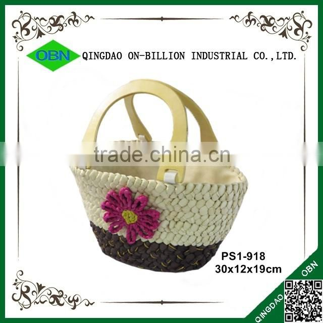 Hot sell colored women small cheap fancy straw handbag