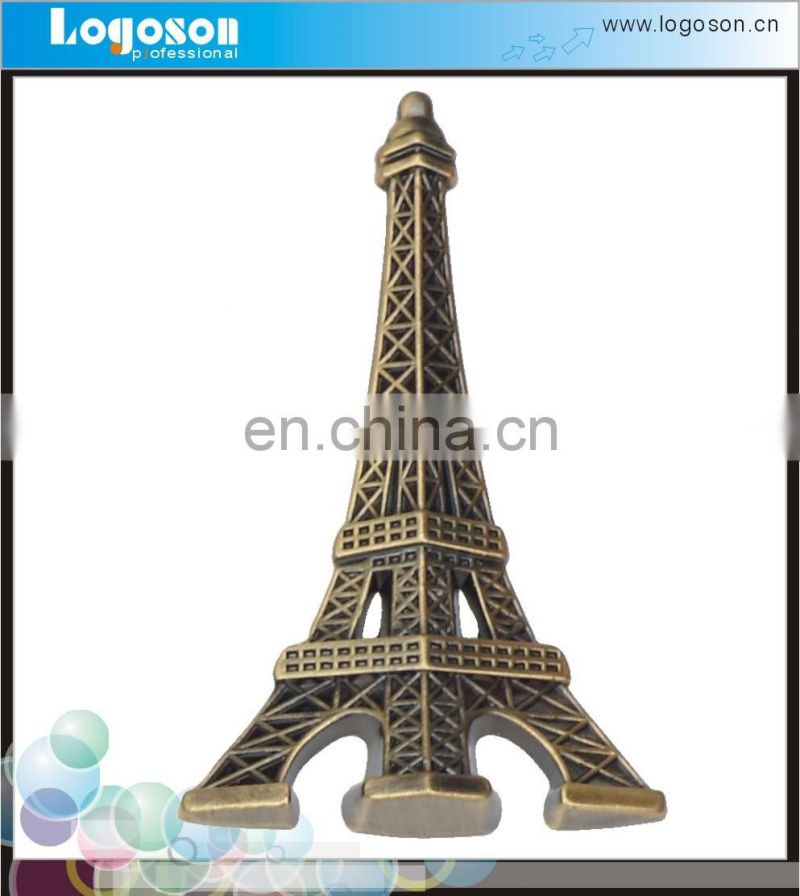 2016 Best Sales Eiffel Tower Antique Bronze souvenir metal badge