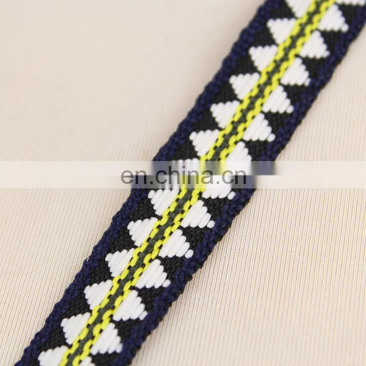 2015 fashion wholesale embroidery ribbon for garment RB0381