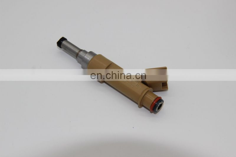 Japan Car Auto Parts Fuel Injector OEM 23250-07010