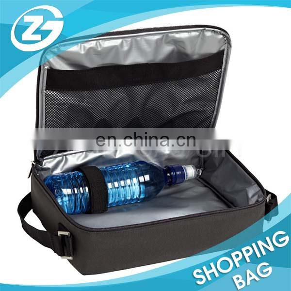 Convenient Carrying Outdoor Sports Insulated Boy Lunch Bag