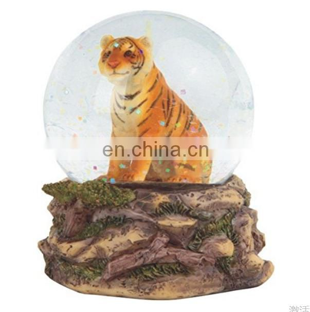 LOWER MOQ resin tiger snow globe