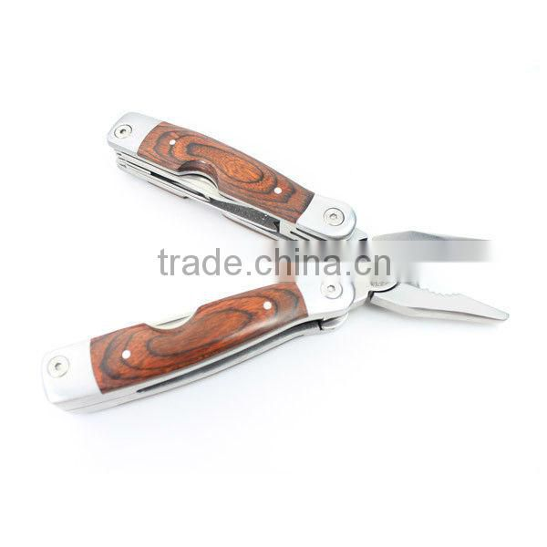Sturdy and durable multifunctional tool plier
