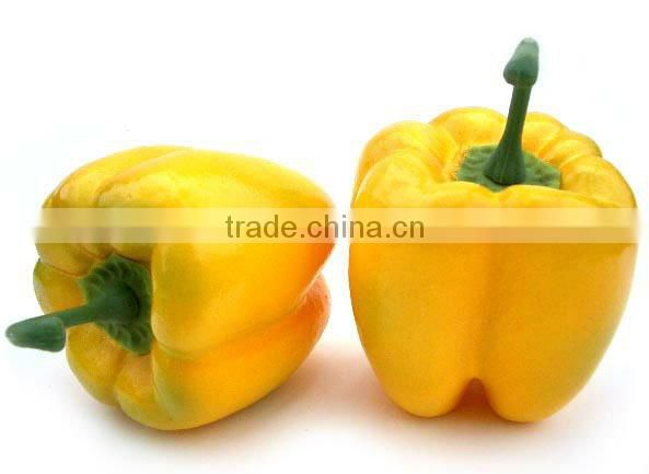 Vivid fake carrot decoration plastic vegetables
