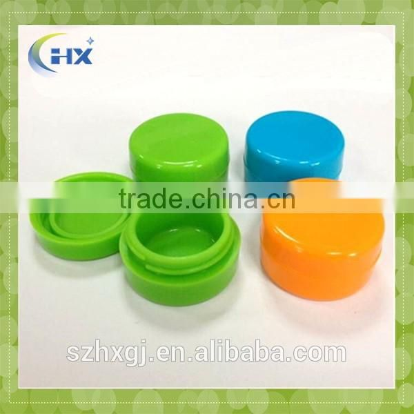Eco-Friendly,Non-stick, flexible Feature and oil wax conatiners