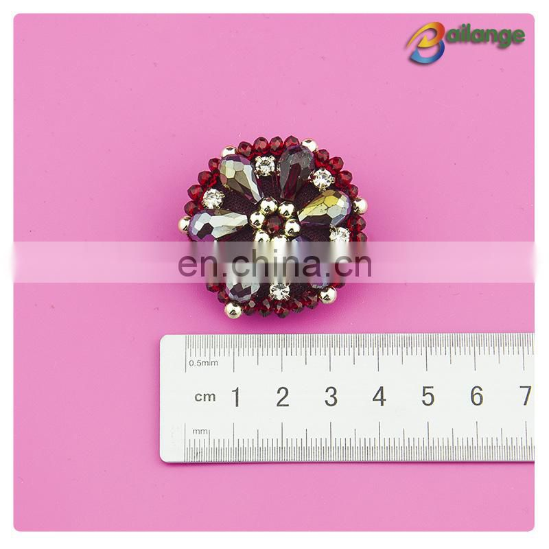 Color fashion beaded cheap rhinestone buttons for garment
