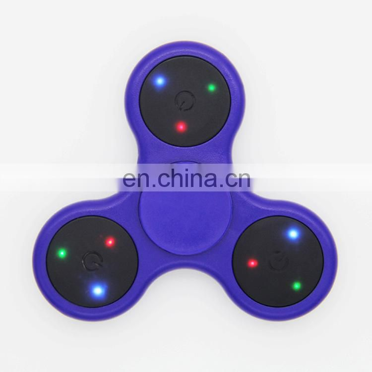 2017 Popular Tri Fidget Spinner LED light hand spinner