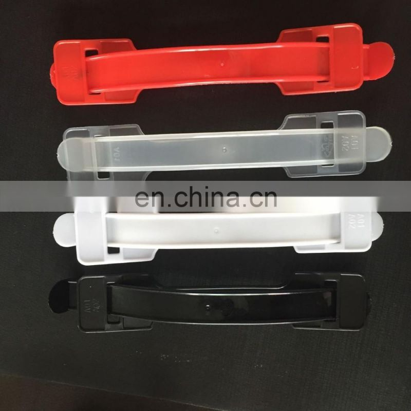 Plastic handle for carton box