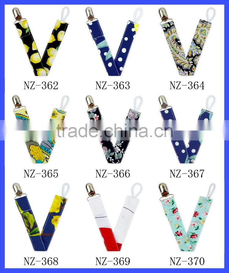 New Arrival Baby Boys Cheap Pacifier Clips Teething Sooner Holder Cotton Pacifier Holder Clip