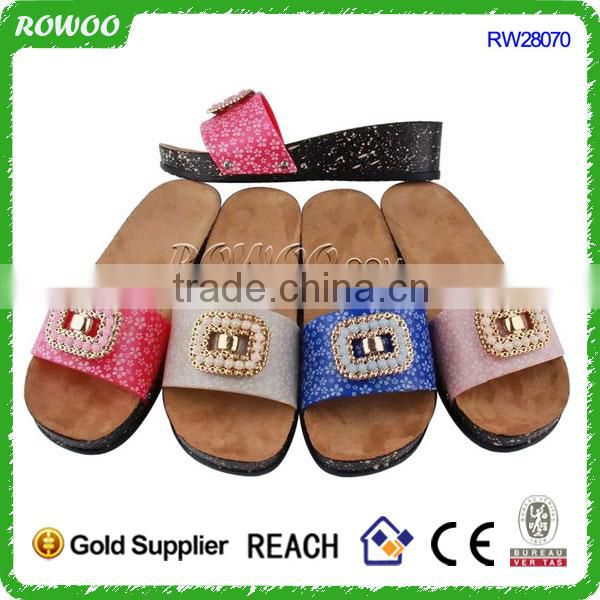 Customised House slippers for ladies,beaded shoe cork decoration,wooden soles material