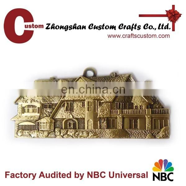 Zinc alloy metal Custom 3D design metal house keychain keyring supplier