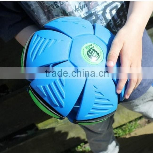 Children's outdoor throw Led light magic UFO flying ball toy