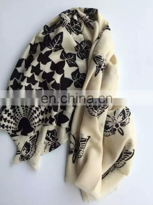 Newest Style and Colorful Lady Silk Scarf Hot Sell