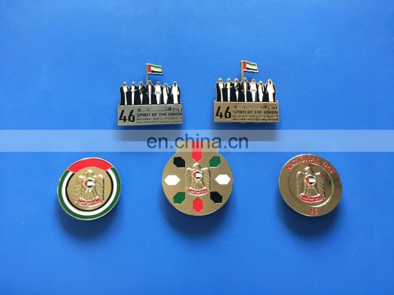 2017 factory outlet promotional UAE map shaped and national flag metal lapel pin for UAE national day