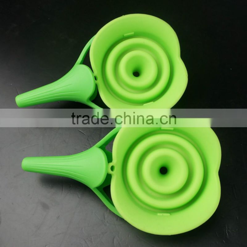 16126 silicone folding funnel with pp handle