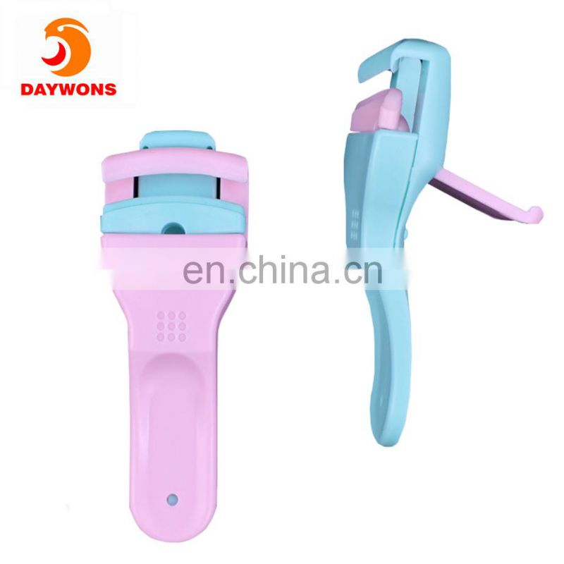 Daywons Delicate Eyelash Curlers Professional Plastic Makeup Eyelash Clip Tools with Refill Rubber Pads for Curling Lashes