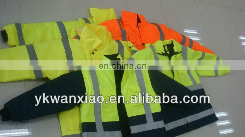 high visibility JACKETS with sealing and waterproof