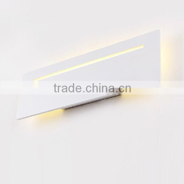 INNOVALIGHT Bedroom Lighting 6W LED Wall Lamp Bedside