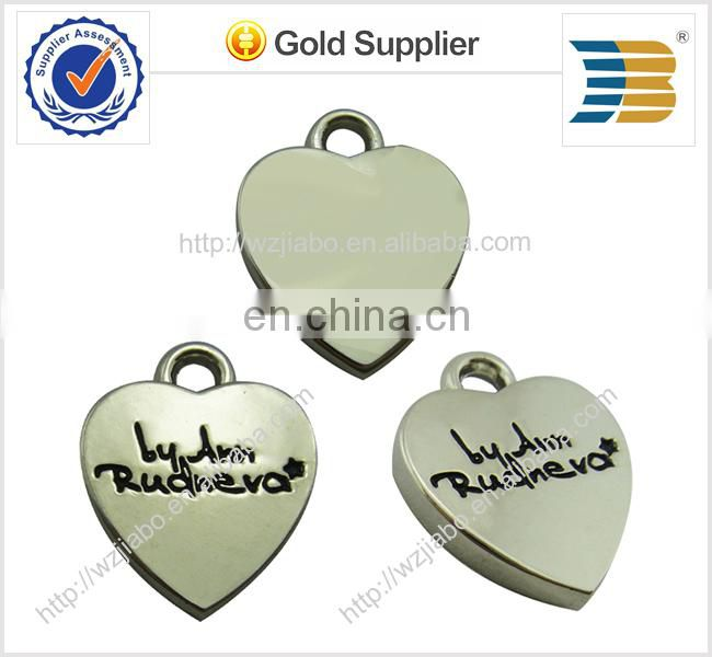 custom logos on cheap price star shape zinc alloy metal charm pendant with love logos on it