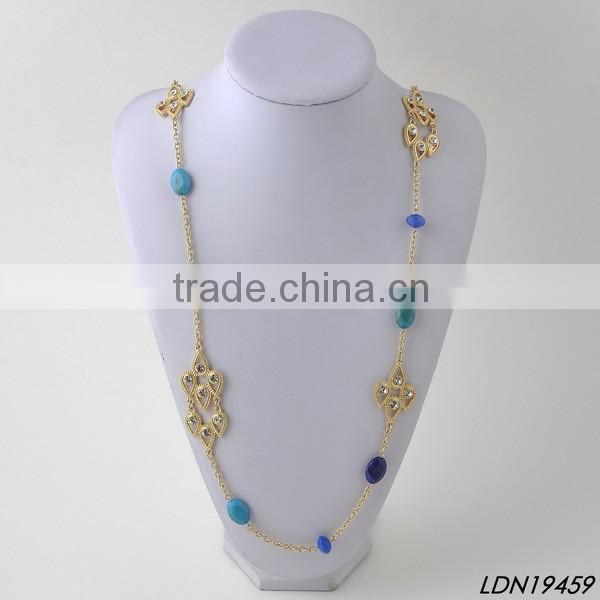 Gold rhinestone resin pendant necklace