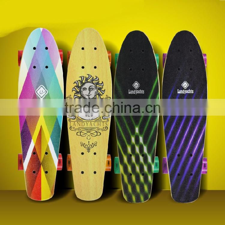 HSJ245 Manufacturers wholesale direct small fish board children adult skateboard brush street step maple skateboard