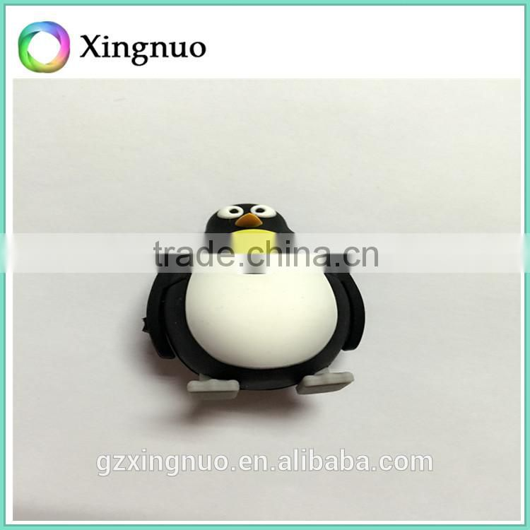 Lovely penguin shaped silicone material usb flash drive carry case