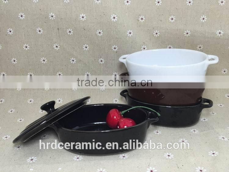 Stocked White ceramic sauce boat/ceramic gravy boat