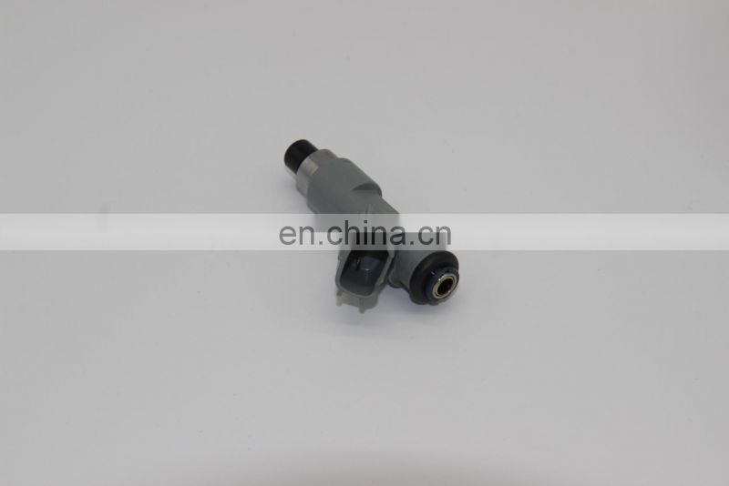 High Quality Fuel Injector 23250-0P060 for Hilux Vigo