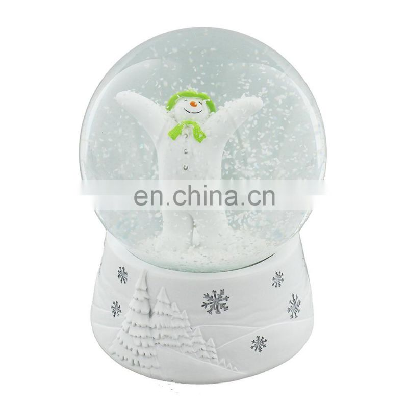 Manufacturers custom resin funny wedding favors couple snow globe