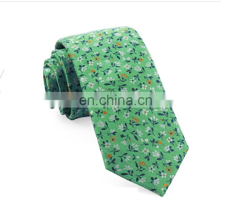 Floral Jacquard of hand made mens silk tie