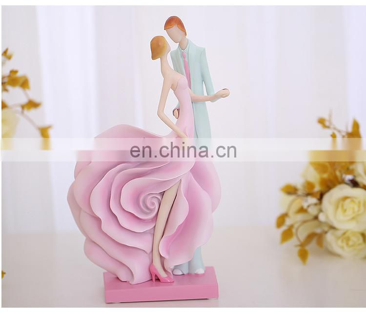 Custom resin couple wedding statue
