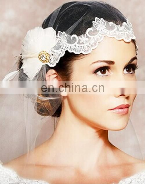 Newest Design! High Quality Bridal Feather Headpiece Crystal Wedding Head Decoration And Mid-length Veil With Lace For Women