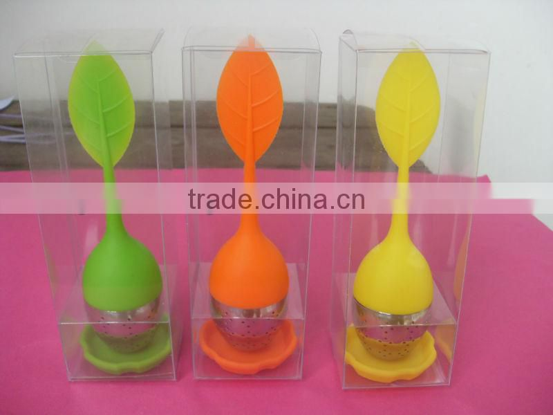 Factory 100% Food Grade silicone tea infuser/tea strainer with pallet