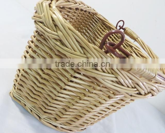 Handled woven custom colored wicker removable bicycle basket