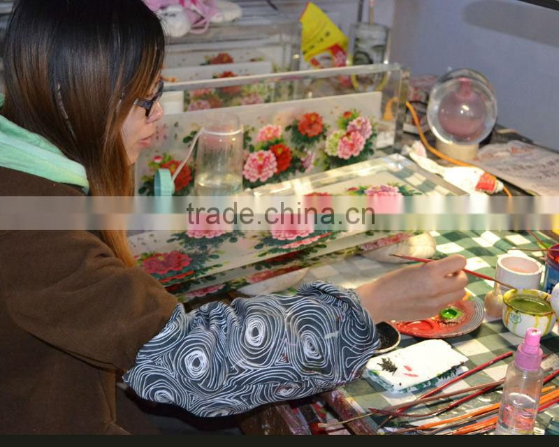 hot sale wonderful and transparent crystal decoration Inside Painted Decorative Screen