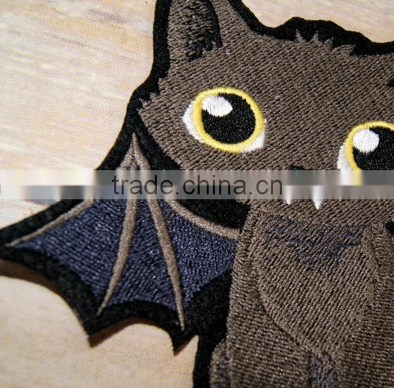 Custom high quality embroidered black cat patch for clothes embroidery patch made in china choose size/color