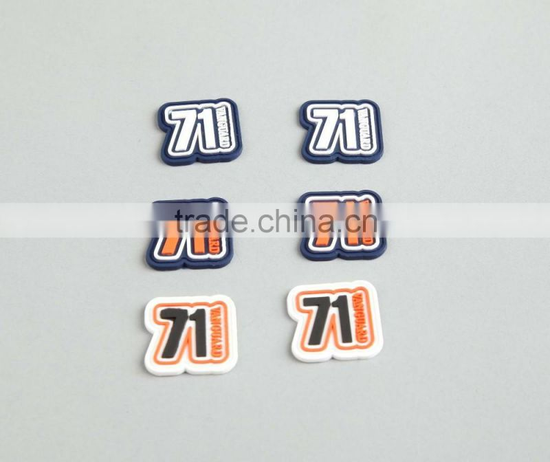 Custom Logo High Quantity Good Price Plastic/Rubber Soft Labels/Patches For Clothing Luggage Suitcase Bag Backpack