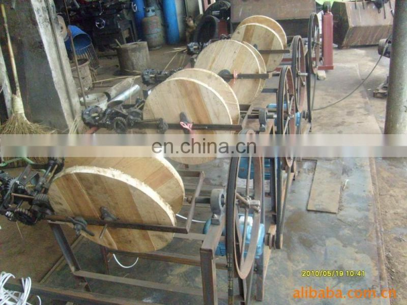 Professional Good Feedback paddy/ rice/ wheat straw stalk rope making machine with best price and good