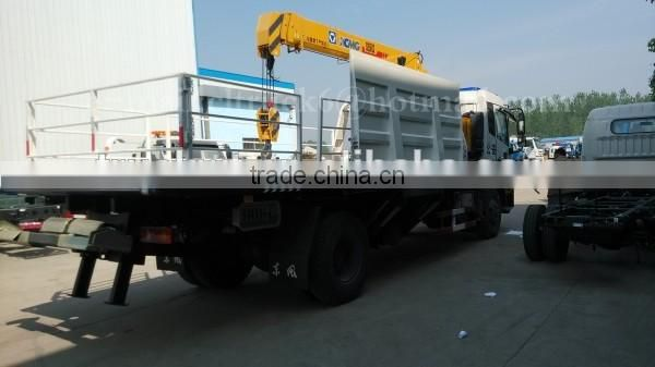 185hp 4*2 DONGFENG Wrecker Truck with Crane 5ton