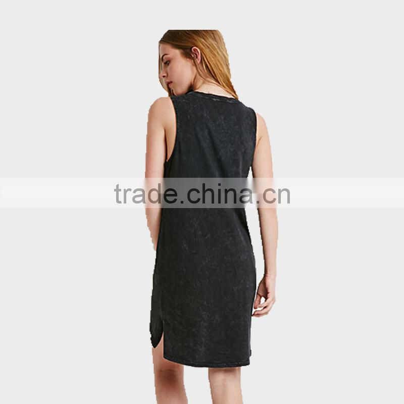 Women Wear Latest Sleeveless Dresses