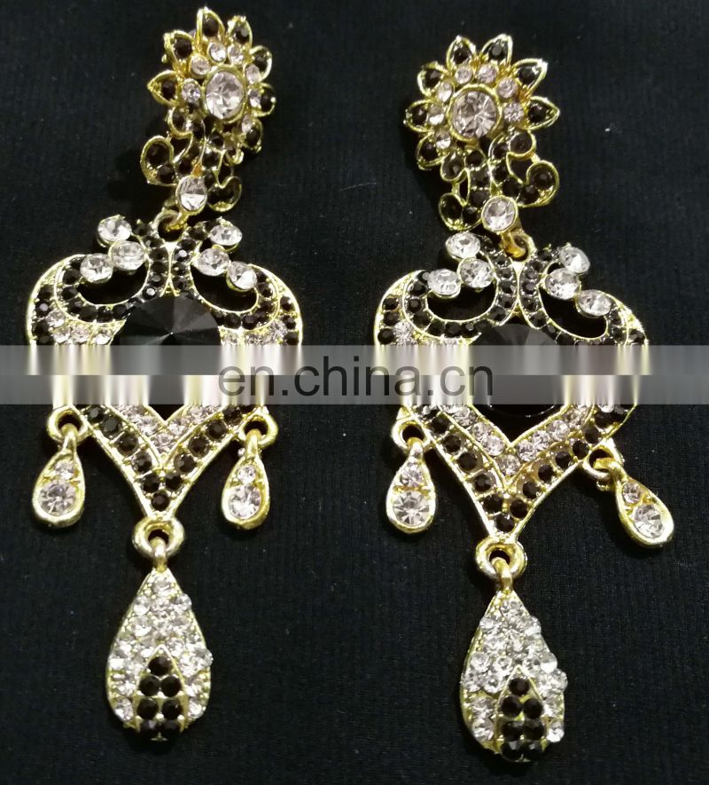 Innovative Designer Gold Plated Bollywood Style Kundan Earrings Set In Black Color