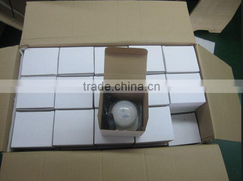 battery operated led light with remote control