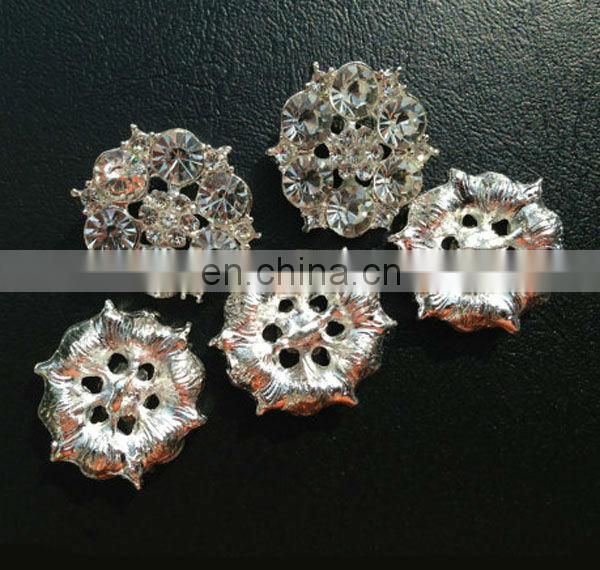 Bling hot sale flower rhinestone metal button