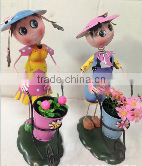 2015 newest design girl boy garden decoration metal girl flower pot metal bog flower pot metal flower pot