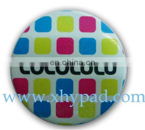 round name button badge pin