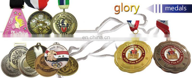 Customized Design Clover Metal Medal Badge with Pin for Gifts