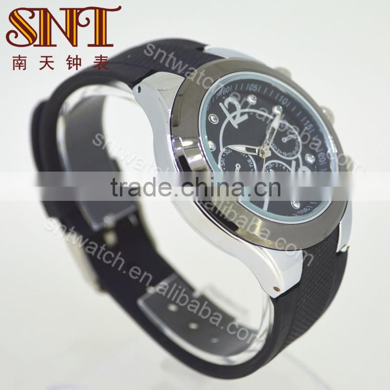 Alloy case watch silicone watch with diamonds on dial