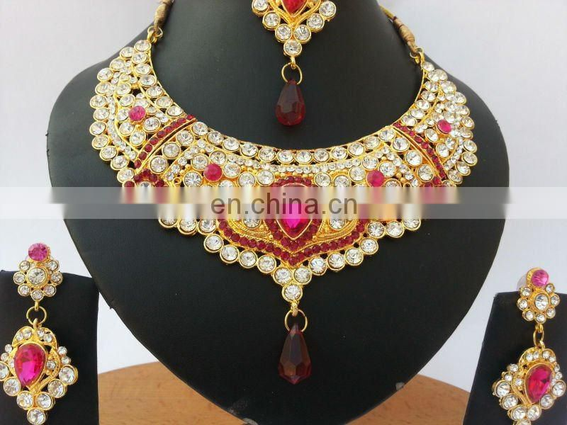INDIAN BRIDAL JEWELLERYINDIAN JEWELRY SETKUNDAN JEWELLERY SET